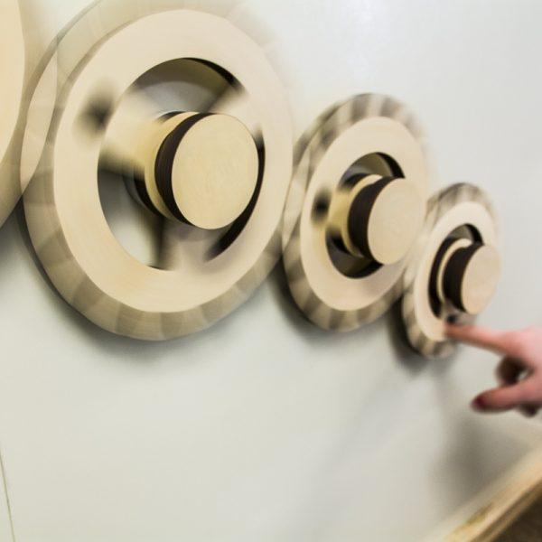 Magnet Wall Wooden Gears